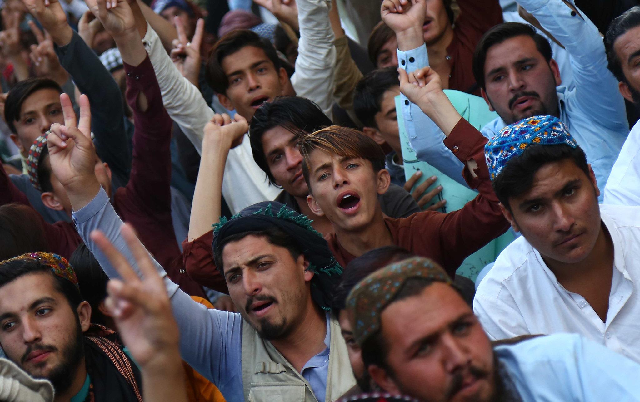 پشتونوں کو پاکستان کے خلاف اکسانے والوں کو کب سزا ملے گی ؟؟؟