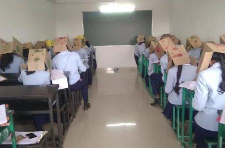 بھارت میں نقل کرنے والے طلباء کے سروں پہ گتوں کے ڈبے پہنا دیے گئے