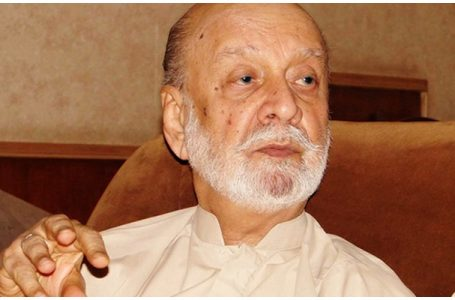سابق وزیراعلی بلوچستان سردار عطااللہ مینگل انتقال کر گئے