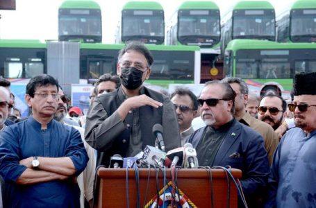 گرین لائن بس سروس: کراچی عوام کے لیے خوشخبری
