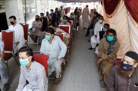 پاکستان میں کرونا وبا میں کمی آنا شروع
