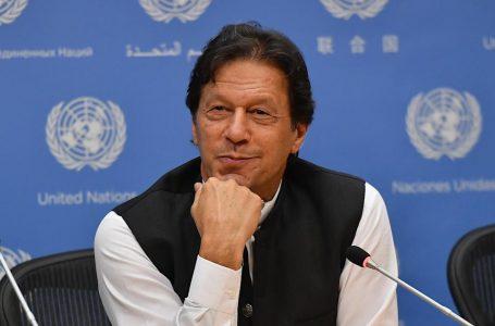 عمران خان پر روحانی جمہوریت کے نام سے فلم بنانے کا آغاز